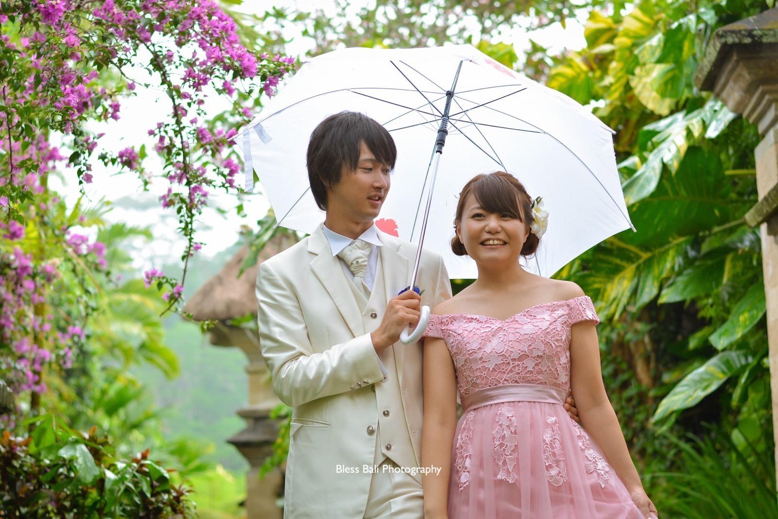 傘と一緒に撮影