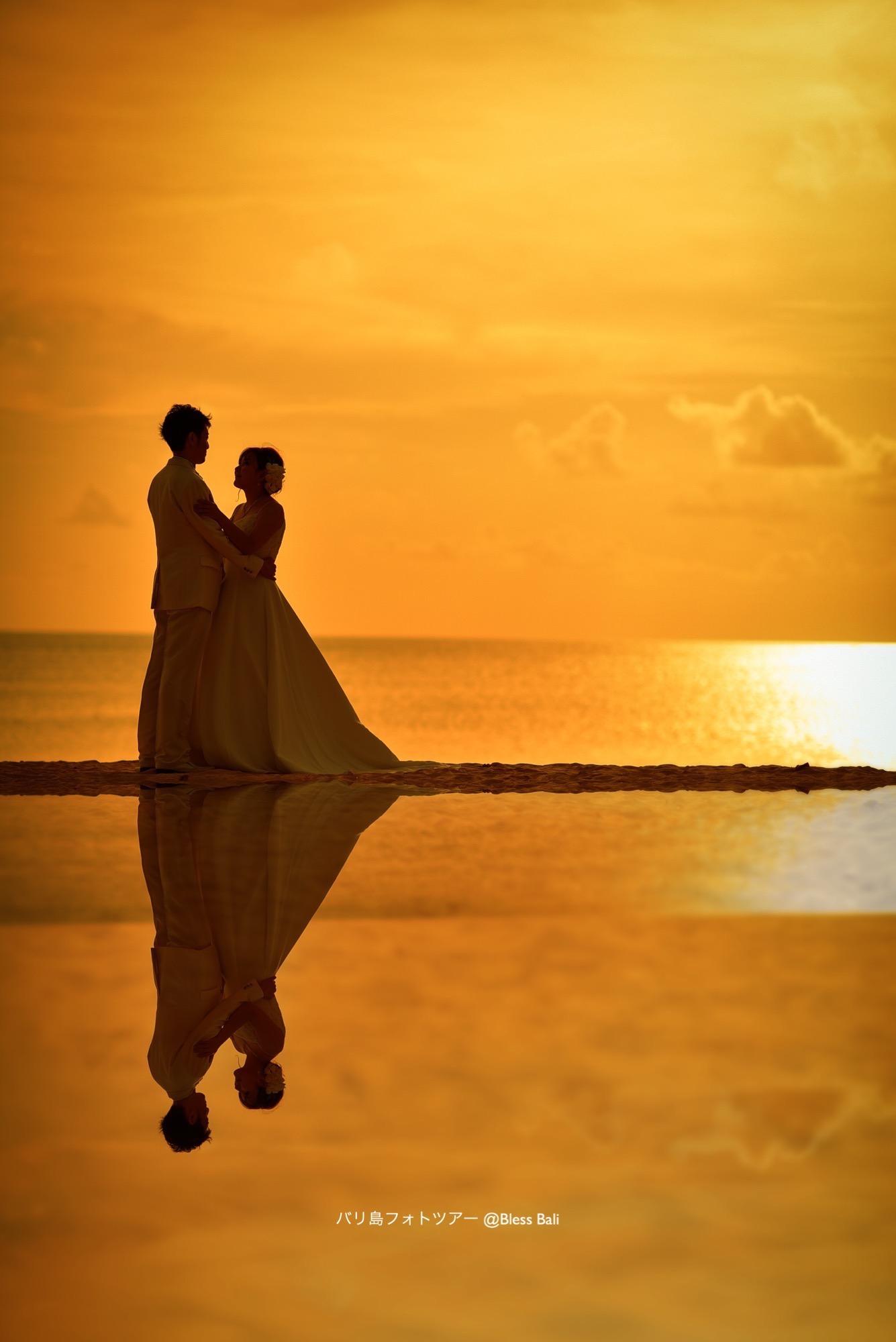 夕日ビーチで撮影
