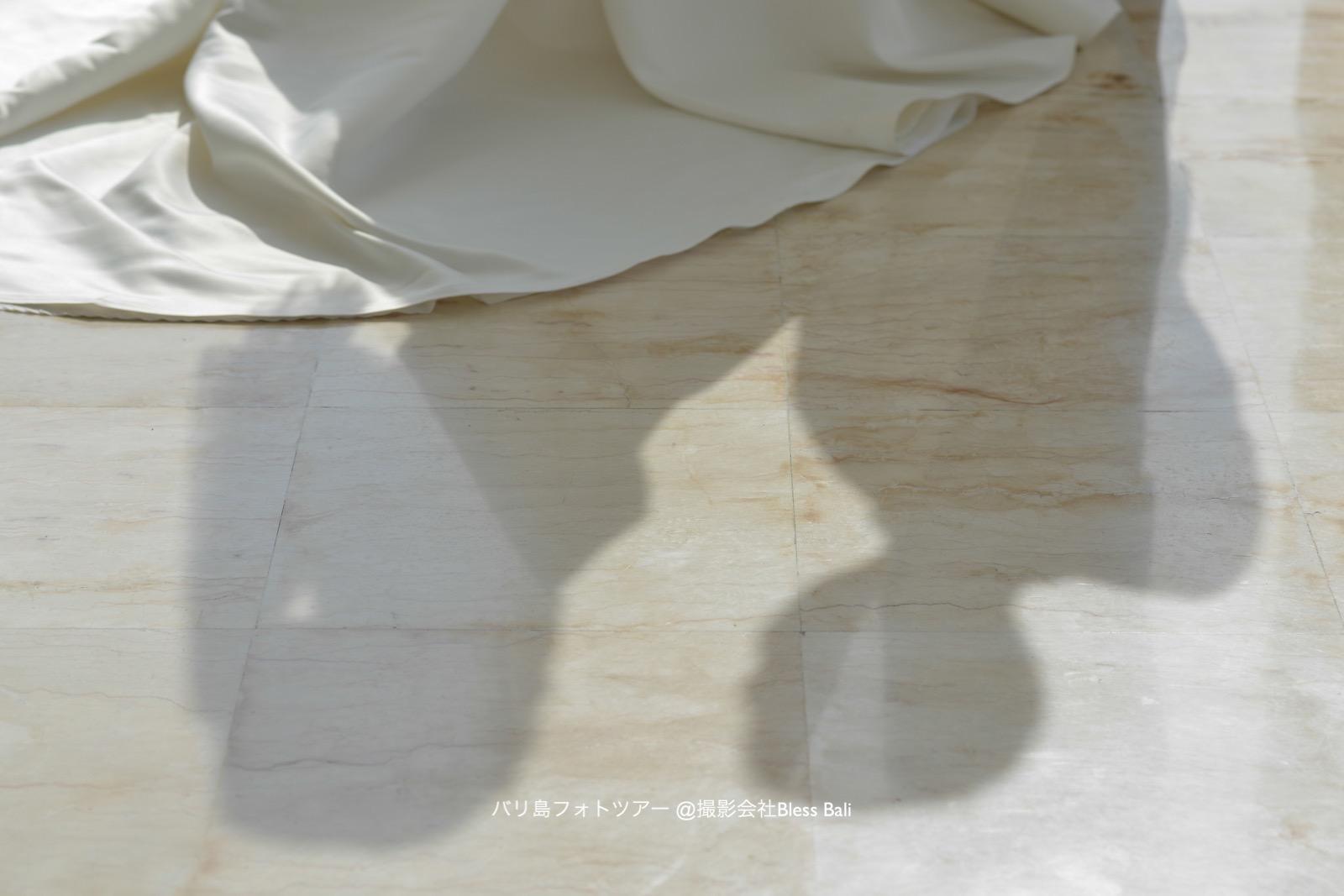 チャペルフォト 新郎新婦の影